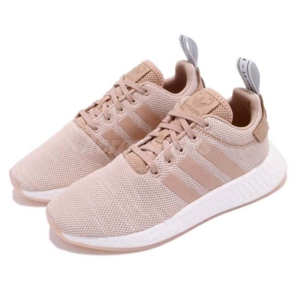 Women's Adidas NMD R2 AQ0197 Ash Pearl Tan Beige White Running Shoes Size 7.5